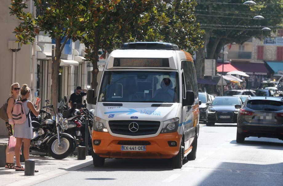 Dans quelques semaines, les navettes gratuites de Lignes d'Azur à Vence disparaîtront.