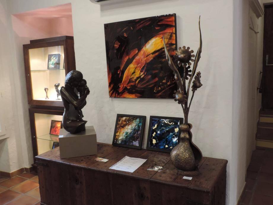 Sculptures, peintures et photographies sont à découvrir jusqu'au 12 octobre.
