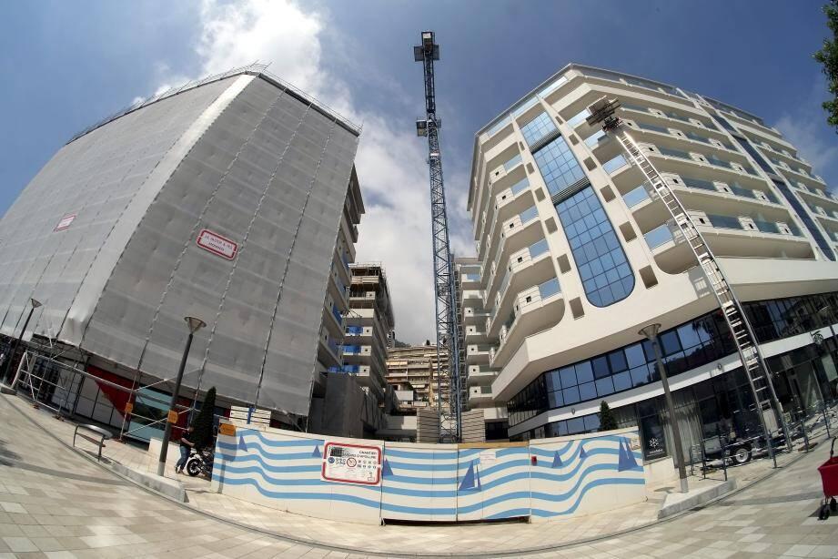 Le bloc D (au premier plan, à droite) est en passe d'être terminé, et accueillera le mois prochain les premiers retours de résidents.