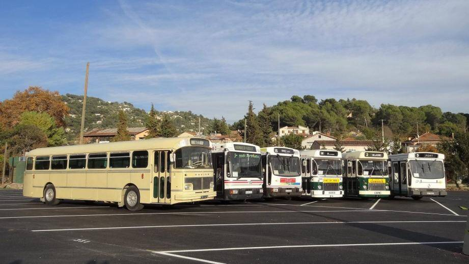 L'association TCA collectionne près de 40 bus d'antan.