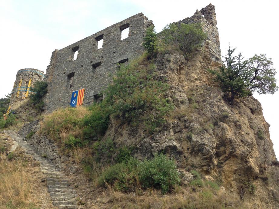 Après le confortement de la tour, le chantier vise la sécurisation complète du site classé.