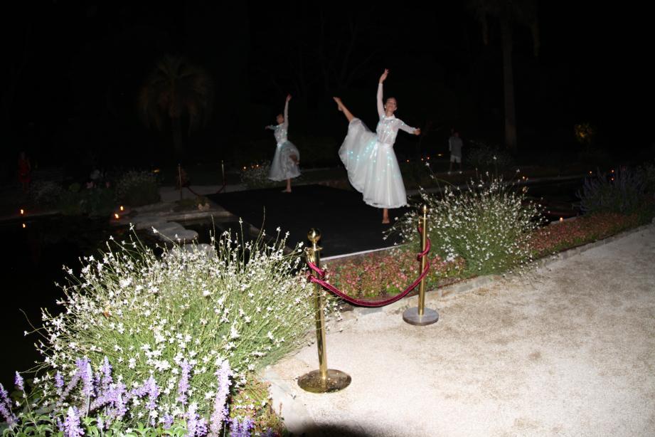 Chorégraphie « Les lucioles de la villa Ephrussi ».