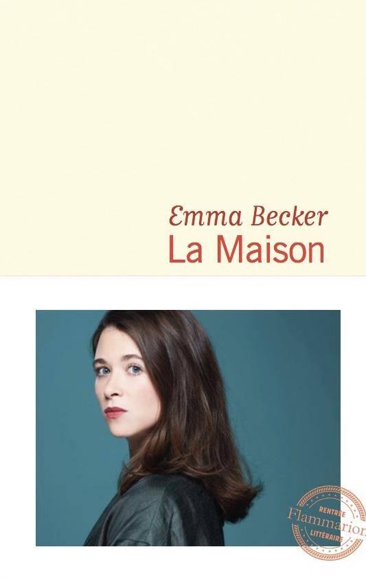 Auteur à succès, Emma Becker est au village ce matin.