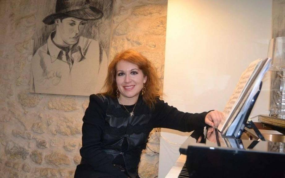 Sur scène aux côtés du comédien Pierre Martot, la pianiste Maria Luisa Macellaro La Franca évoquera l'amitié musicale qui unit Frédéric Chopin et Franz Liszt.