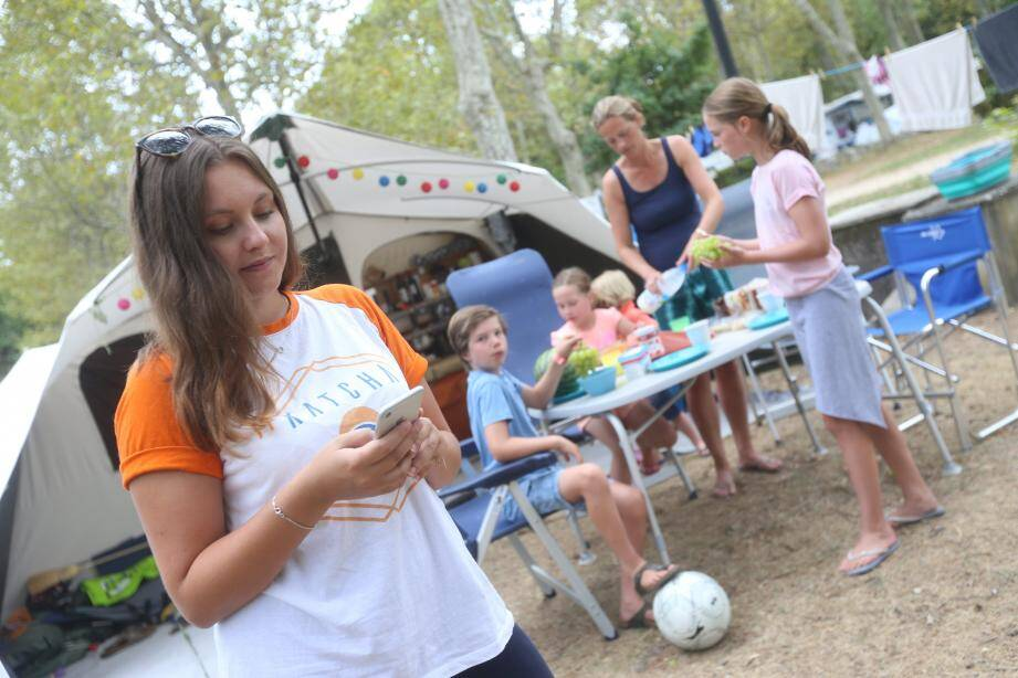 Katcha mis en situation au camping La Bergerie de Vence.