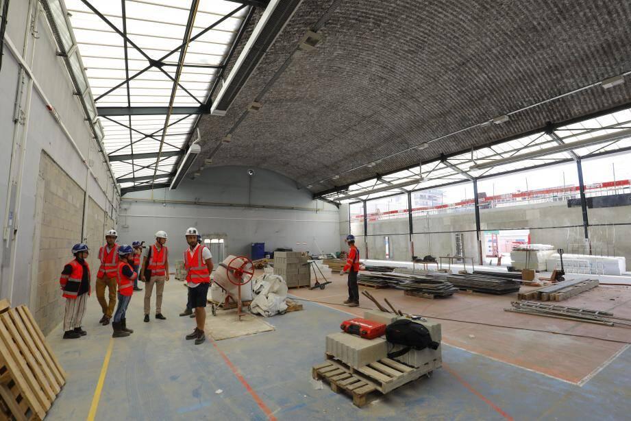 Le chantier du gymnase de l'école Jacqueline de Romilly avance à grand pas.