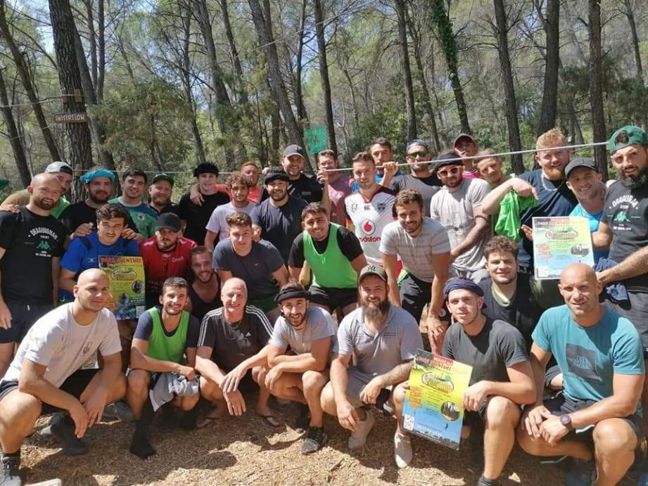 Les rugbymen dracénois ont oublié, tout au long du week-end, le ballon ovale pour se concentrer sur des activités de plein air.(Photo J.L.