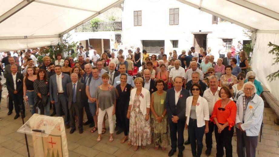 Le maire, Jean Pierre Issautier, a salué la mobilisation de la jeunesse pour faire perdurer les traditions.