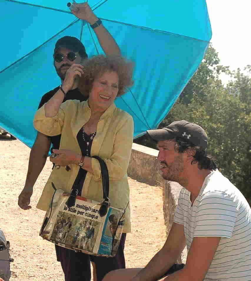 Avec son partenaire Cosme Castro, avant que ce  dernier n'enfile la soutane...