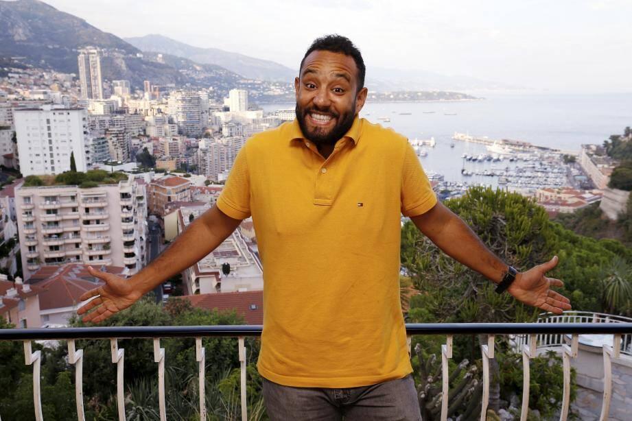 Depuis le Jardin exotique, il jouera avec vue sur tout Monaco. La terre qui l'a vu grandir et où il rencontre tant de succès aujourd'hui.