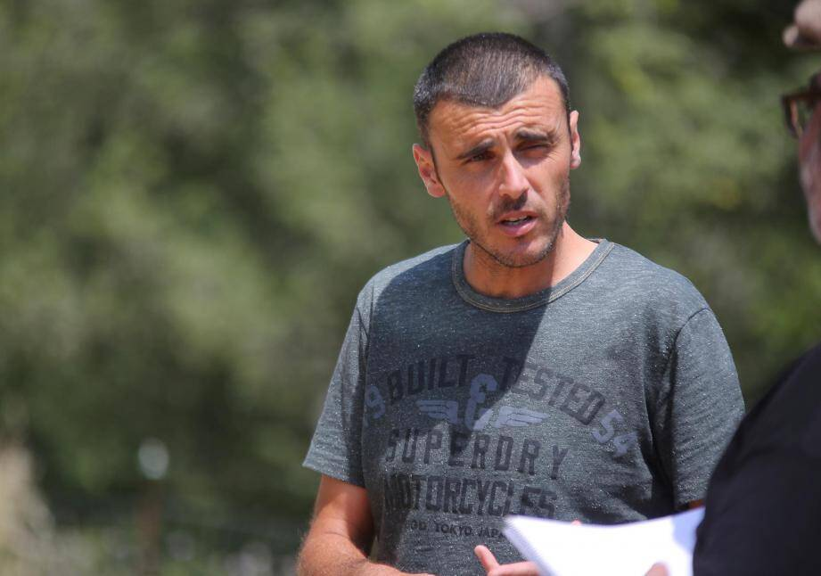 Éleveur à Tourrettes, Nicolas Perrichon a perdu plusieurs brebis lors d'une attaque dans le parc national du Mercantour.