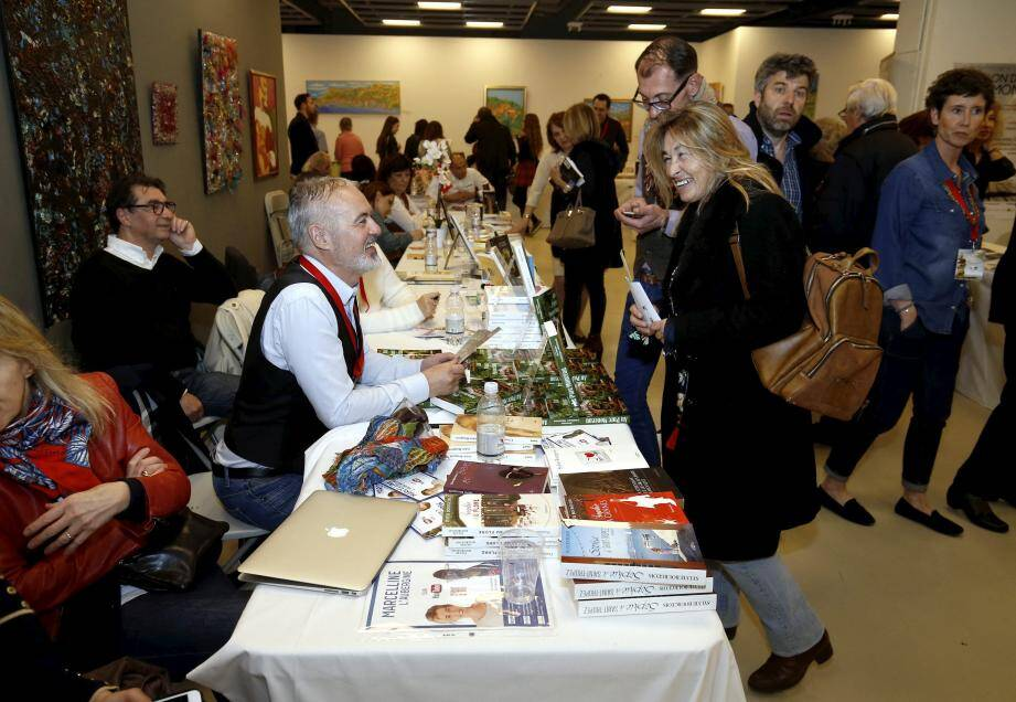 Cette année, le Salon du livre s'est tenu pour la première fois à la salle du quai Antoine-1er, où il se déroulera à nouveau en avril prochain.