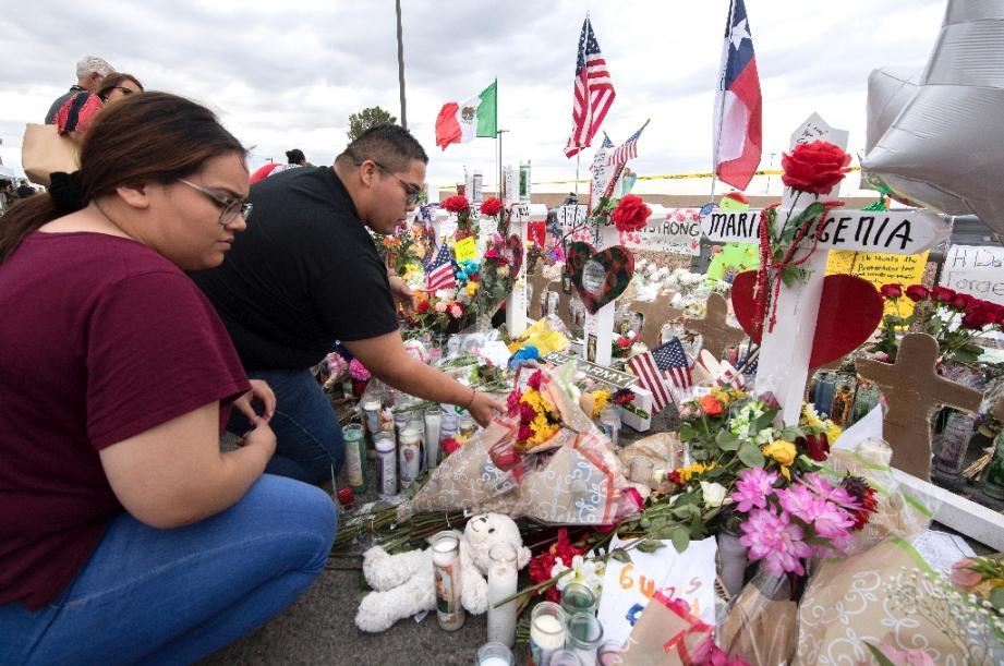 Un mémorial érigé en sovenir des victimes de la fusillade d'El Paso, au Texas, photographié le 6 août 2019