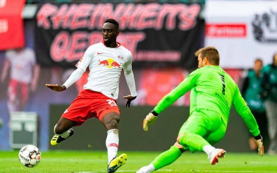 L'attaquant français de Leipzig Jean-Kevin Augustin devrait être prêté ce samedi à l'AS Monaco avec option d'achat.