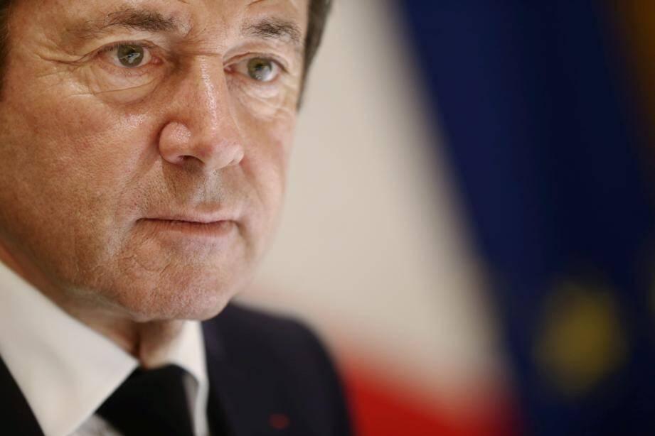 Christian Estrosi veut passer l'amende maximale de 1 500 euros à 1 million pour les entreprises prises en faute.