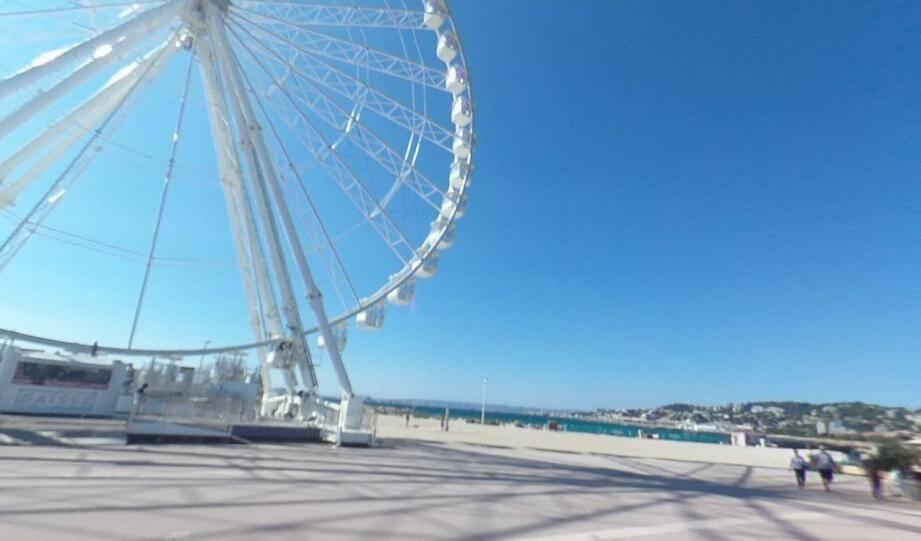 La grande roue de l'Esplanade Borély à Marseille.