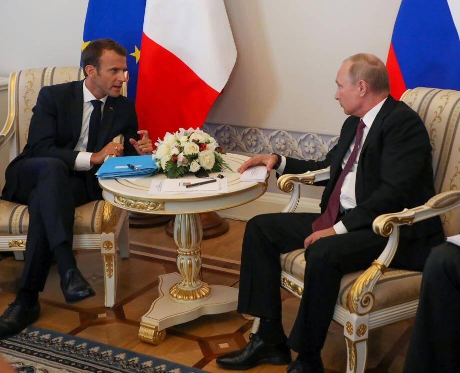 Le fort de Brégançon accueille la rencontre au sommet entre les présidents français et russe.