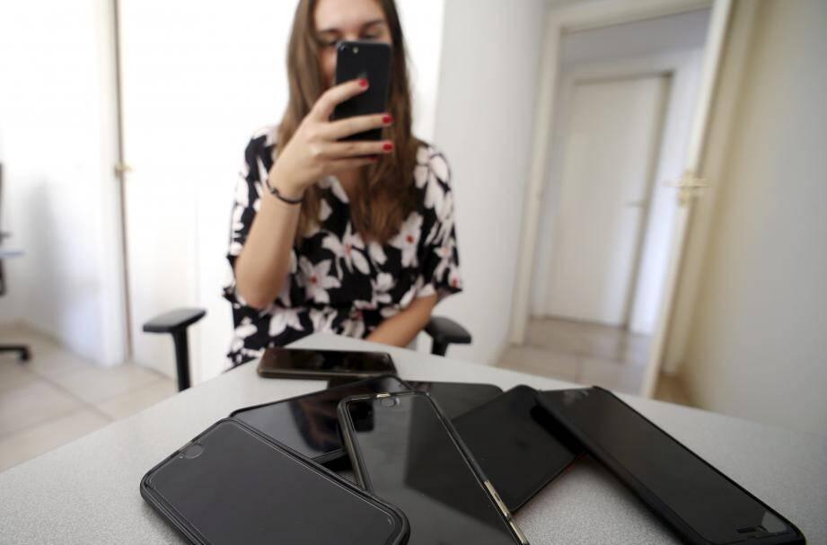 Quatre marchands de téléphones portables de la Principauté ont été payés avec des chèques sans provision.