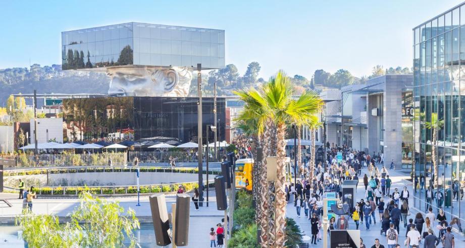 Les riverains du centre commercial Polygone Riviera dénoncent des nuisances insupportables.