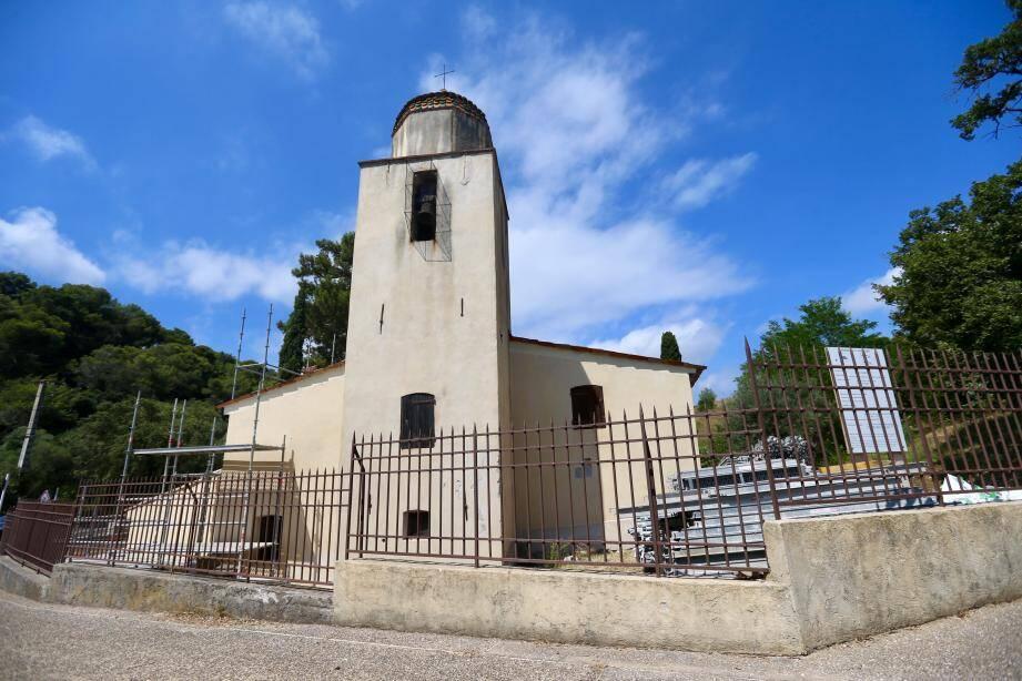 La chapelle Saint-Jean au carrefour du chemin de Saint-Maymes et de la route de Saint-Jean, va faire peau neuve.