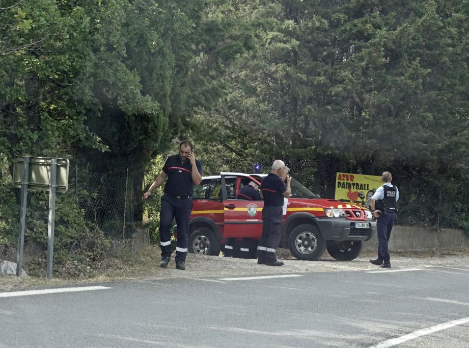 Une enquête de la gendarmerie devra déterminer d'où est parti le feu, du cabanon ou du terrain.