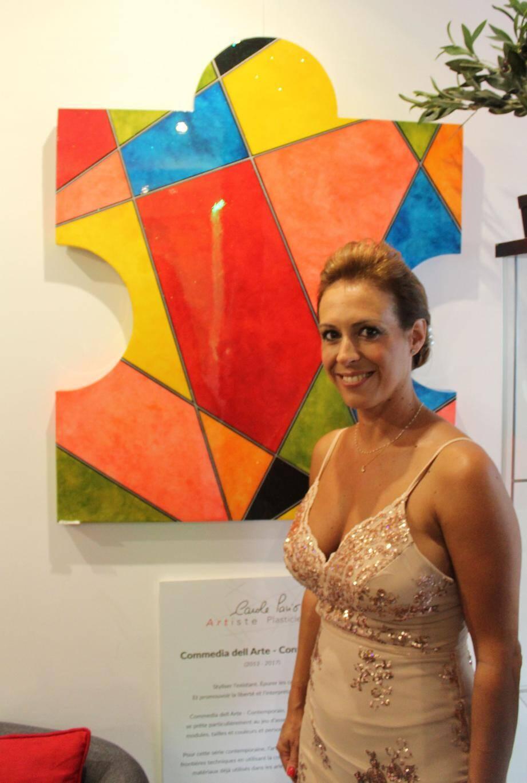 Carole Pavio crée des œuvres toutes en couleur et en gaieté entièrement personnalisées.