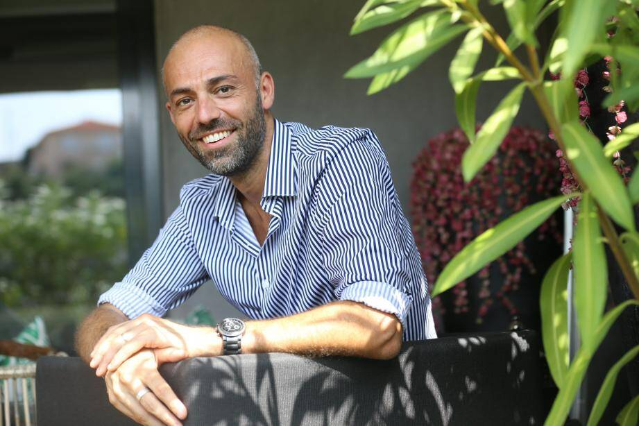 Franck Di Guiseppe a pu s'installer dans le sud de la France grâce à ses gains, plus de 150 000 euros. Il est de retour sur les écrans demain mercredi dans une émission spéciale grands gagnants. Un moment qui le ravit d'avance.