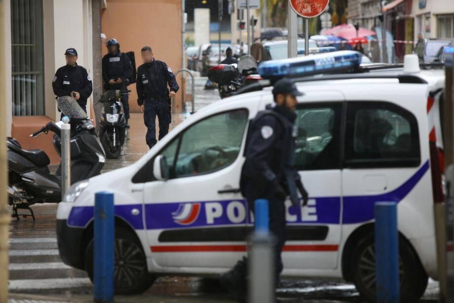 Lundi s'est ouvert à Nice, devant la cour d'assises des Alpes-Maritimes, le procès de Karounga Diawara. Ce Francilien de 39 ans est accusé de l'assassinat, en 2015, d'un commerçant niçois, Ali Chébil, à son domicile de la rue Smolett.
