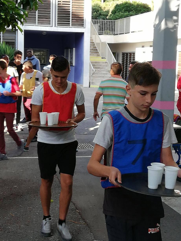 Quiz citoyen, course de garçons de café, découverte sensorielle autour de la cuisine... Les nouveaux arrivants au lycée Paul-Valéry ont découvert leur établissement sous une forme pour le moins originale, ludique et conviviale !