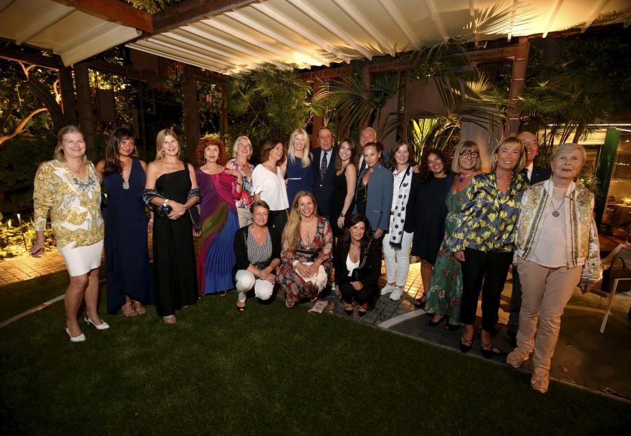 Autour de la présidente de la commission, Tiffaney Perlino, et du président de l'Automobile Club, Michel Boéri, les membres se sont retrouvés pour une première soirée.