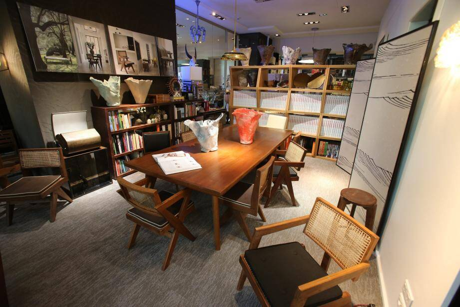 Le mobilier contemporain créé au milieu du XXe siècle pour la ville indienne de Chandigarh est devenu iconique… et très prisé des collectionneurs.