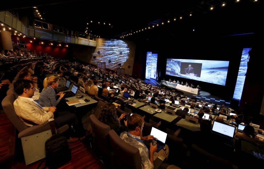 Vendredi, dans l'auditorium Prince Pierre, 111 pays et 16 organisations observatrices étaient présents.