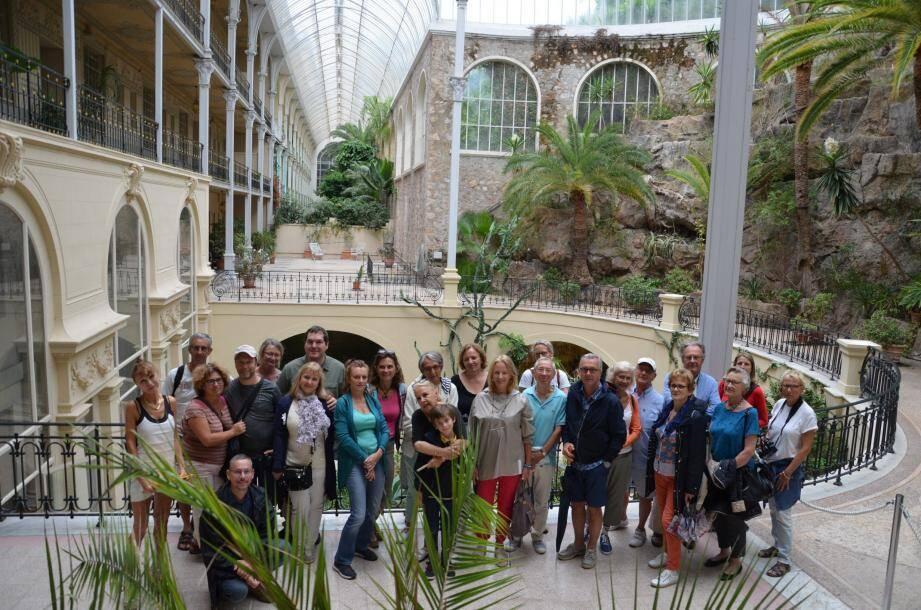 Par groupe de trente, les visiteurs ont pu notamment découvrir le jardin d'hiver du Riviera Palace.