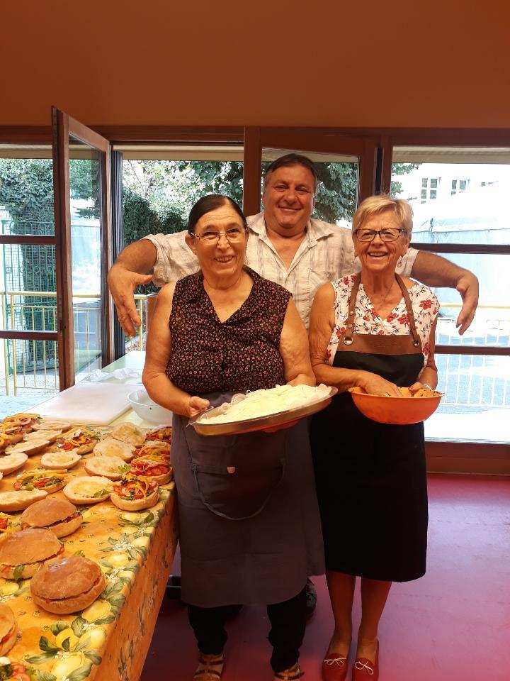 100 pans bagnats par jour ont été préparés lors de la Fête paysanne. (DR)