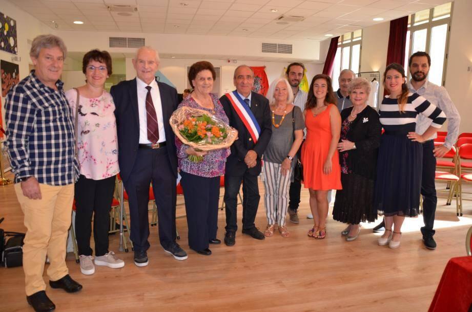 Les noces de palissandre de Jeannine et Fernand Detres ont été célébrées dans l'intimité familiale.
