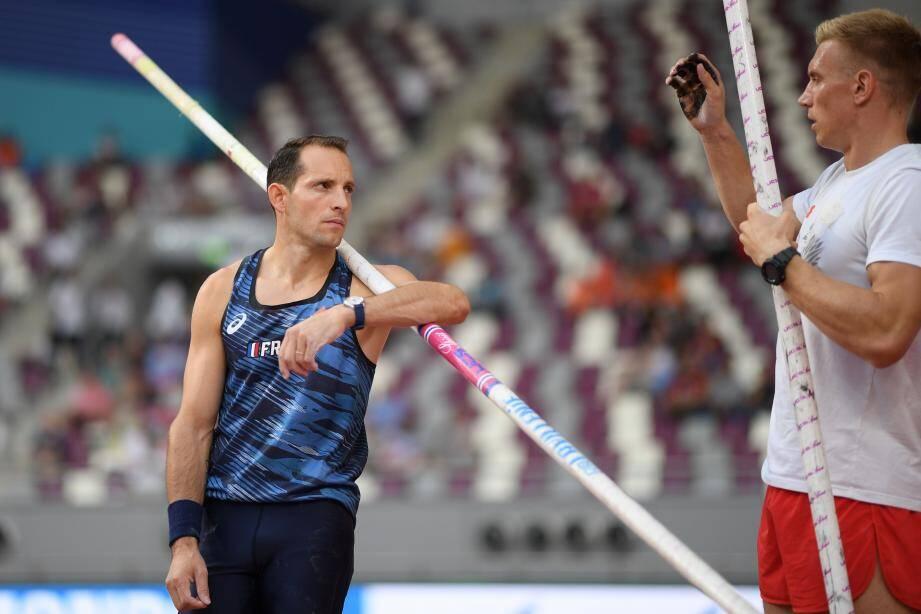 Renaud Lavillenie est tombé de haut, hier à Doha.