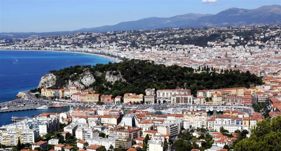 Une vue aérienne de Nice.