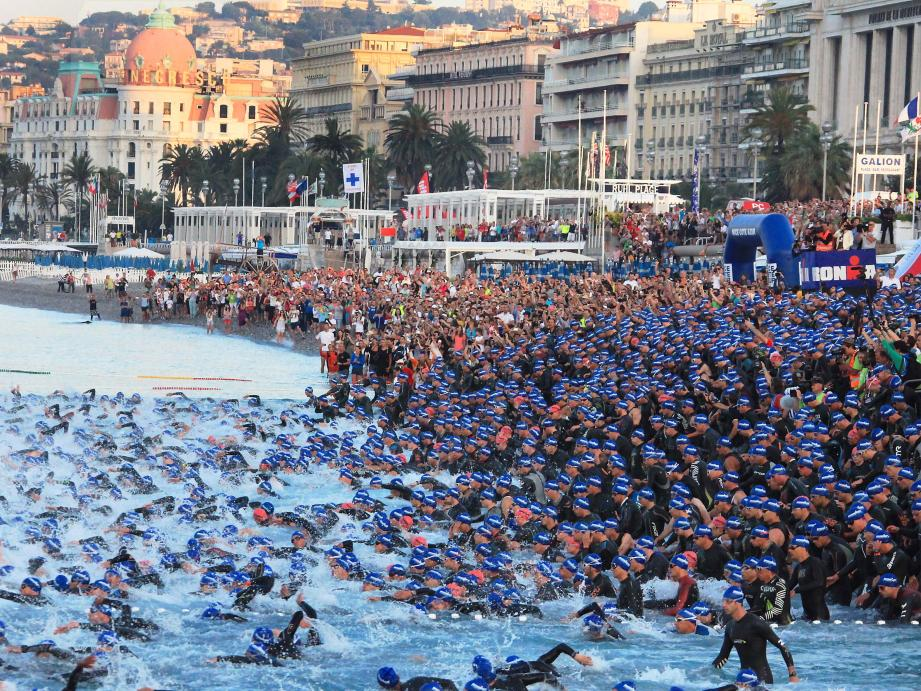 Départ de l'Ironman à Nice