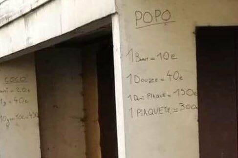 Aux Liserons,  les dealers ont inscrit leurs tarifs... au mur.