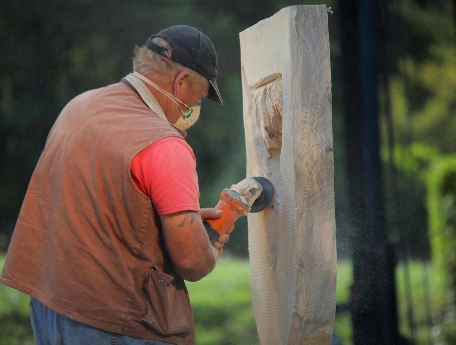 La sculpture sur bois, toujours impressionnante.
