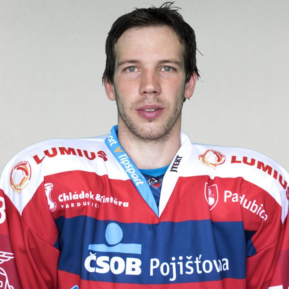 Antonin Dusek arrive de Pardubice en République tchèque.