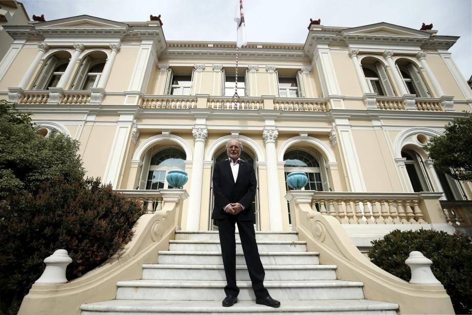Bernard Fautrier, vice-président de la Fondation Prince Albert II, sera remplacé à cette fonction par Olivier Wenden, l'actuel directeur exécutif de la fondation.