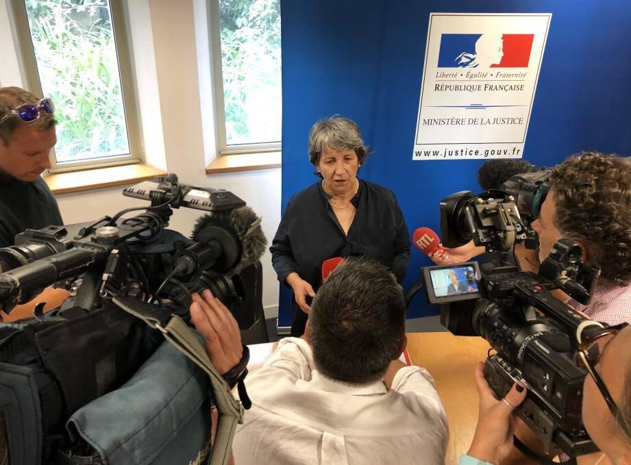 Le procureur de la République de Grasse, Fabienne Atzori, a tenu une conférence de presse, ce mercredi matin, quatre jours après la découverte du corps sans vie de Salomé G., 21 ans, à Cagnes-sur-mer.