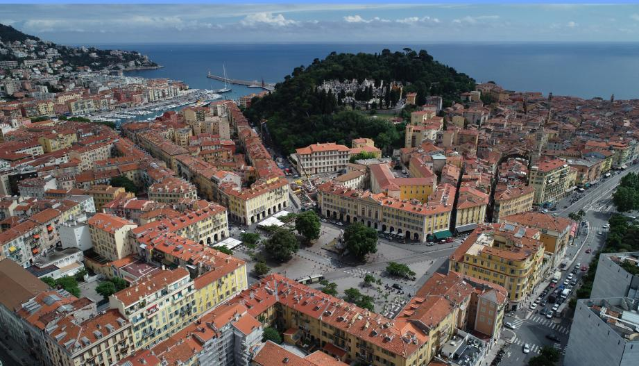 La taxe foncière va baisser cette année, mais aussi l'an prochain, à Nice.