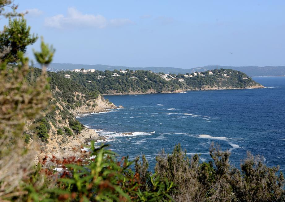 Entre le Rayol-Canadel-sur-Mer et Cavalaire.