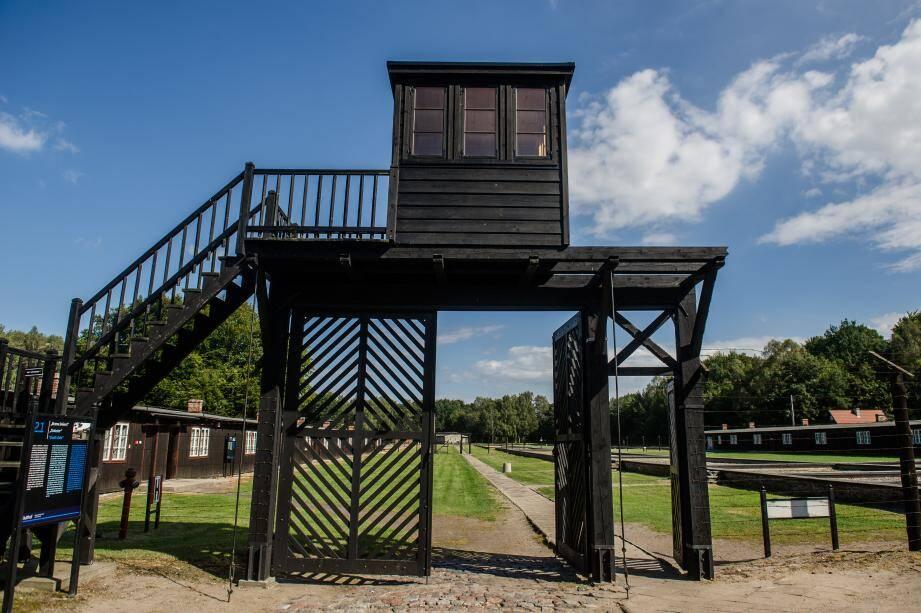 L'entrée du camp de concentration du Stutthof au nord de la Pologne.