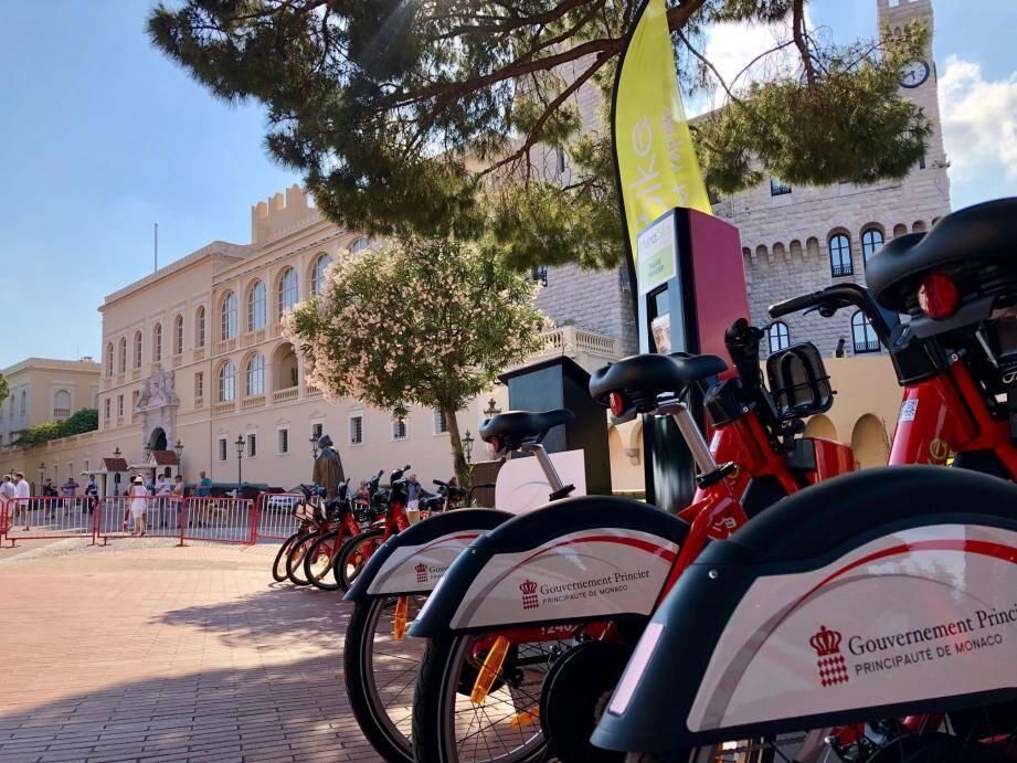 Les vélos à assistance électrique ont été mis en service au début de l'été.