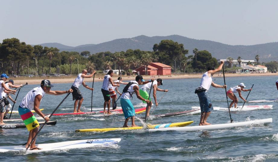 La Hyères Sup Race est organisée pour la troisième fois par le club Hyères Stand up paddle.