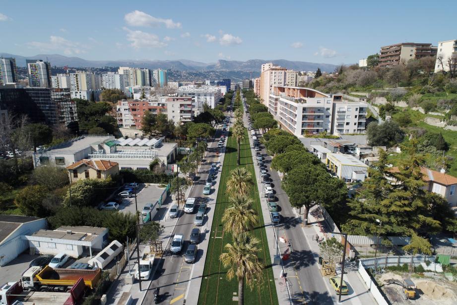 Bonne santé de l'immobilier « ancien » à Nice, du fait des multiples opérations de requalification à travers la ville.