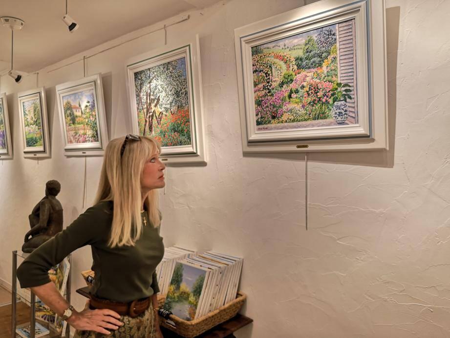 Diane Monet propose des tableaux très colorés et toujours inspirés de la nature.